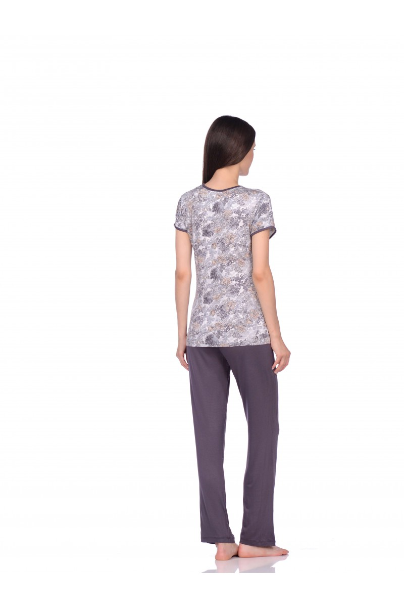 Комплект(футболка+брюки)
